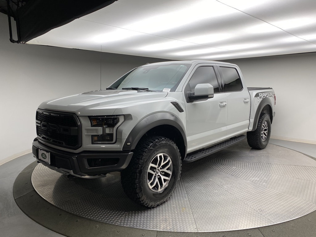 Pre-Owned 2017 Ford F-150 Raptor 4WD SuperCrew 5.5' Box